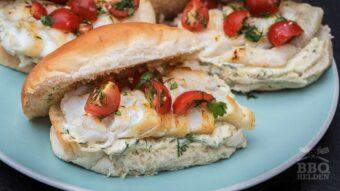 broodje gegrilde kabeljauw met dille mayonaise
