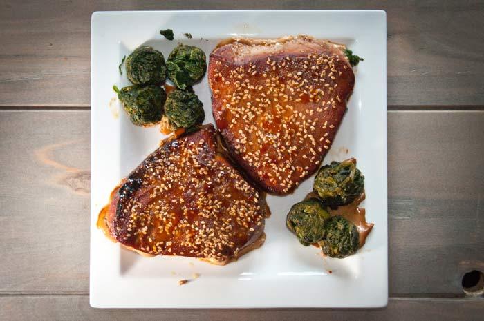 gerookte-tonijn-op-cederhout