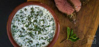 Munt limoen yoghurt saus
